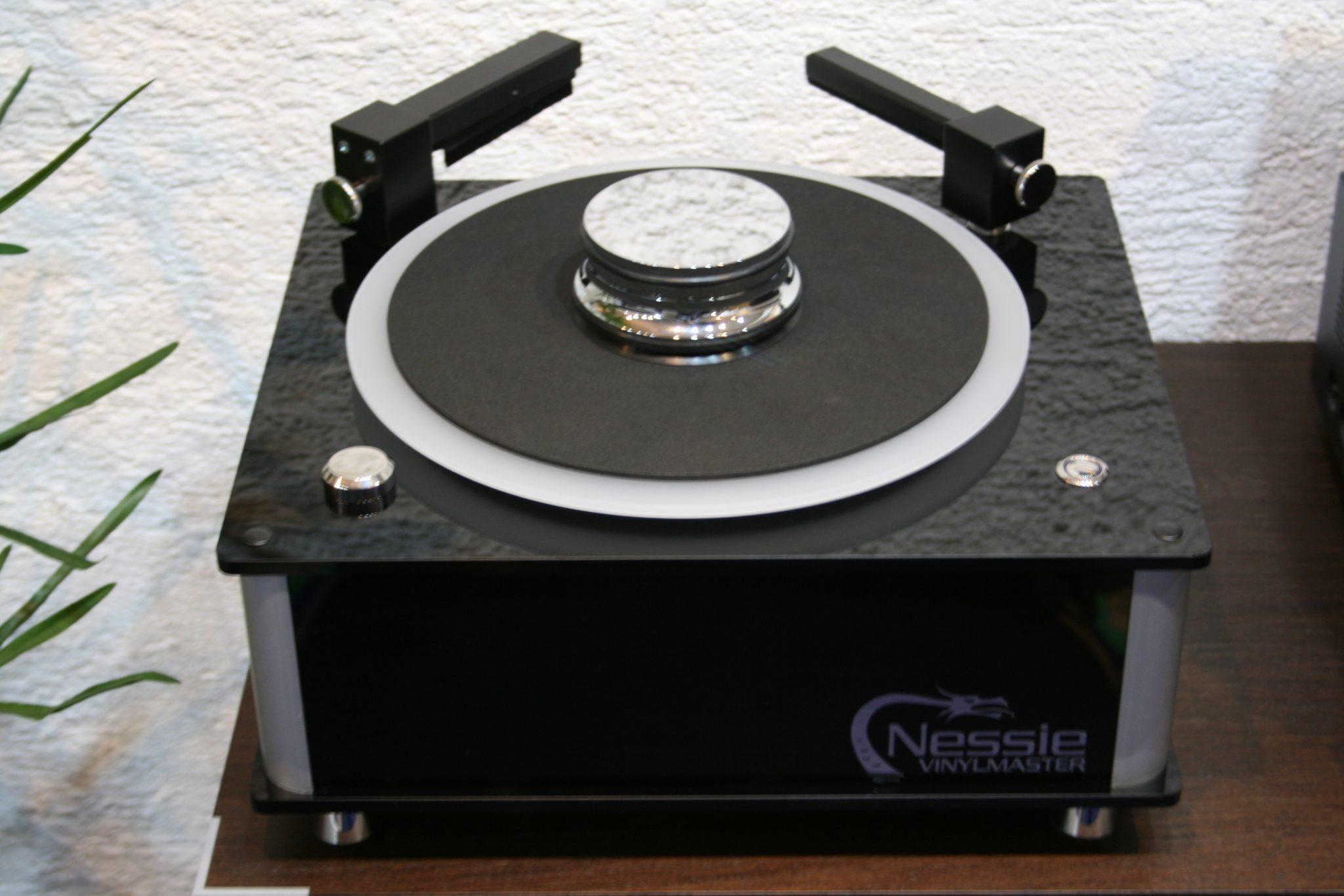 Nessie Vinylmaster, Plattenwaschmaschine